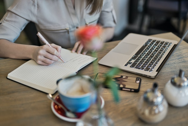 company offering content writing services in abu dhabi